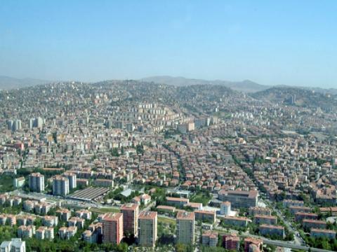 Ankara Yenimahalle'de E-5 Devlet Karayolu çevresinde yerleşim alanları ağırlık kazanıyor!