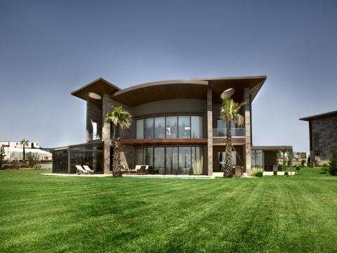 Büyükçekmece Gölmahal Villaları'nda 1.295.000 dolar!