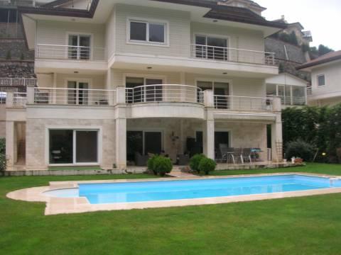 Beykoz Acarkent Sitesi'nde icradan 6 milyon TL'ye dubleks villa!