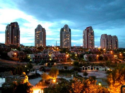 Bahçeşehir'de orta üst gelir grubuna hitap eden projeler dikkat çekiyor!