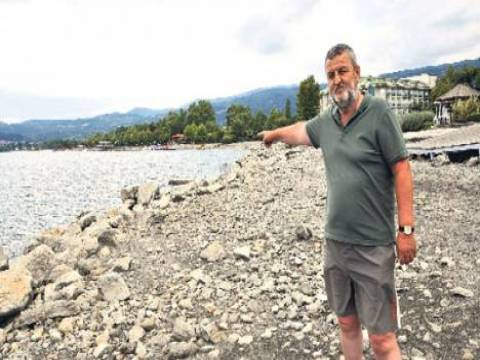Sapanca Gölü'nde su seviyesinin düşmesi deprem enkazını gün yüzüne çıktı!