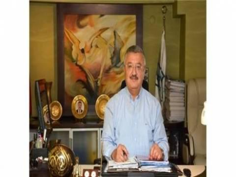 Necip Nasır: İzmir'in yüzde 85'i dönüşüme ihtiyaç duyuyor!