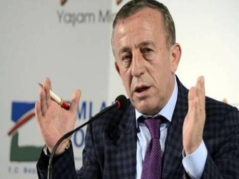 Ali Ağaoğlu: İnşallah 2014 yılı, 2013 yılını aratmaz!