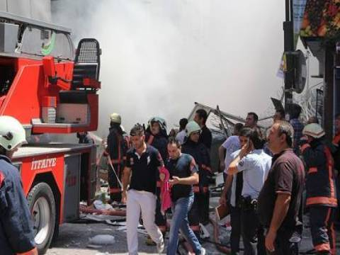 Zeytinburnu'ndaki patlamada enkaz temizleme çalışmaları bitti!