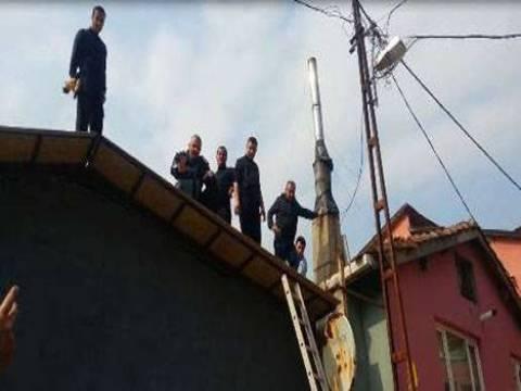 Sarıyer'de izinsiz çıkılan kat belediye ekipleri tarafından yıkıldı!
