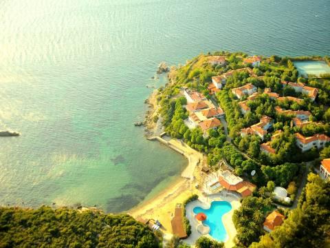 İzmir Teos Otel 14 milyon TL'ye satışa çıkarıldı!