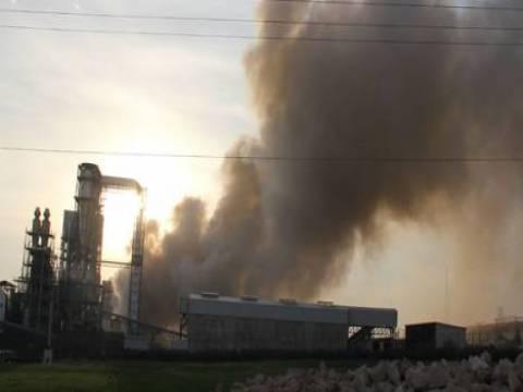 İstanbul Tuzla'da fabrika yangını çıktı!