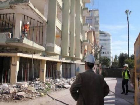Mersin'de kentsel dönüşüm çalışmaları kapsamında yıkımlar başladı!