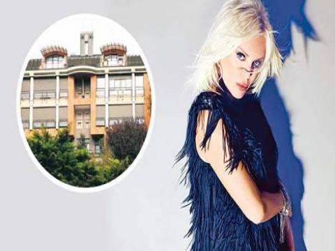 Ajda Pekkan Arnavutköy Konutları'ndaki evini satıyor!