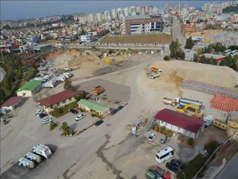 Çukurova Belediyesi şantiye arazisini satıyor!