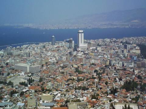 İzmir Deftedarlığı'ndan Konak'ta 5.5 milyon TL'ye satılık gayrimenkul!