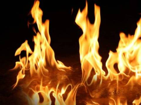 Trabzon Çarşıbaşı'nda bir barakada yangın çıktı!