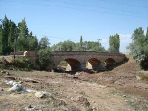 Sivas'taki Tarihi Kesik Köprü restore edilecek!