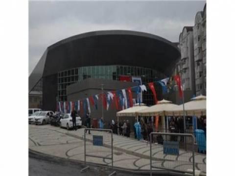 Üsküdar Muhsin Yazıcıoğlu Spor Salonu hizmete açıldı!
