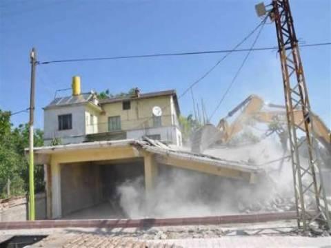 Konya Meram'daki kaçak yapıların yıkımına başlandı!