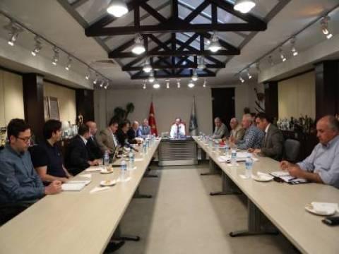 Kayseri köprülü kavşaklar ve Sahabiye Dönüşüm Projesi masaya yatırıldı!