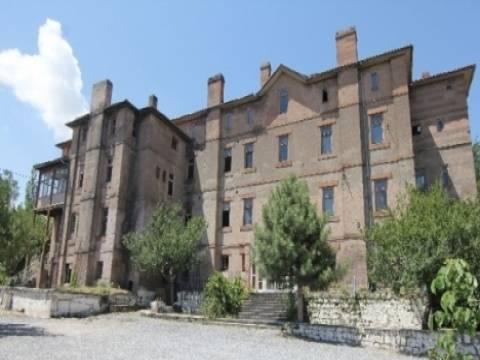 Talas'taki Eski Amerikan Koleji binası restore edilerek eğitime kazandırılacak!
