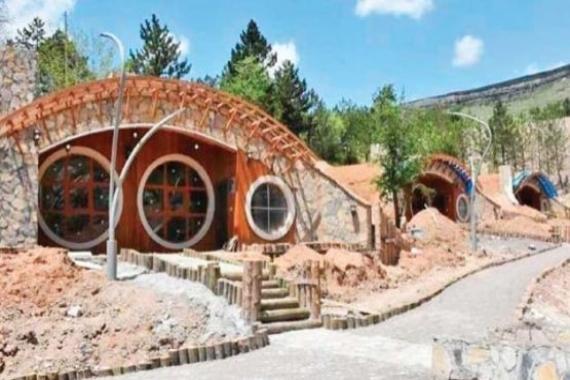 Sivas'taki 17 Hobbit evi hizmete açılıyor!