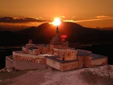 Ağrı'nın turizm değerleri İshakpaşa Sarayı temalı stantta tanıtılıyor!