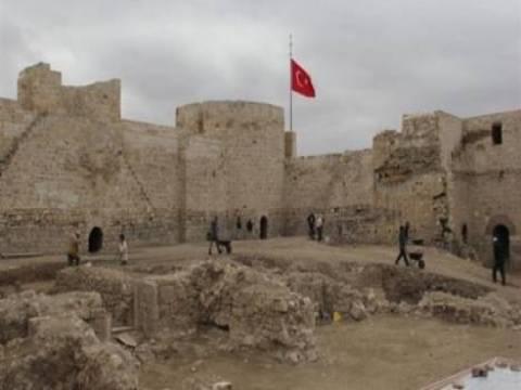 Karamanoğlu Sarayı kamuoyuna tanıtıldı!