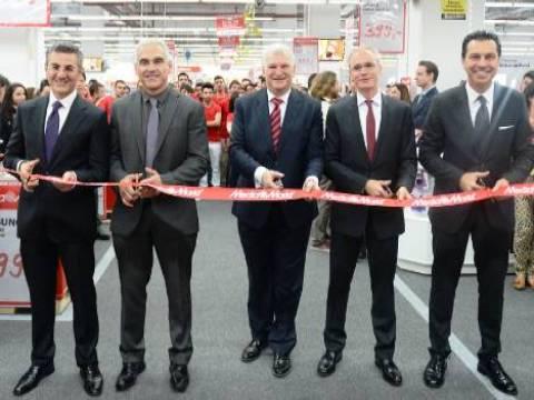 Media Markt'in Mall of İstanbul mağazası bugün hizmete açıldı!