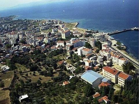 Çanakkale Lapseki'de satılık apartman! 4.5 milyon TL'ye!