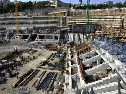 Beşiktaş Vodafone Arena inşaatı kaza açıklaması yapıldı!