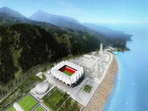 Türkiye'de bir ilk: Trabzon Akyazı Stadyumuna akıllı çatı!