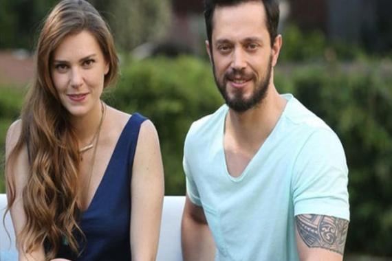Aslı Enver ve Murat Boz ev bakıyor!