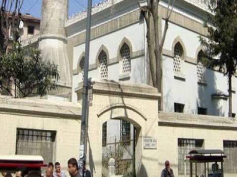 2 yıldır restore edilen Hüseyin Ağa Camii ibadete açılıyor!