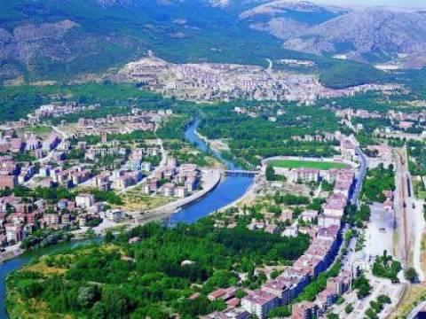 Amasya'da dolu yağışı tarım arazilerine zarar verdi!