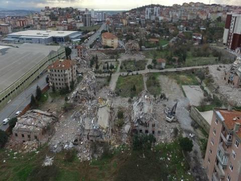 Pendik'te yer alan Gonca Sitesi kentsel dönüşüm kapsamında yıkıldı!