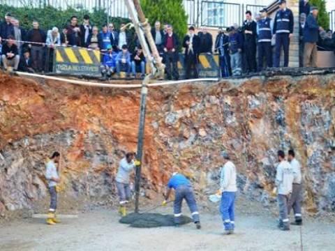 Tuzla Halil Türkkan Ortaokulu'nun temeli törenle atıldı!