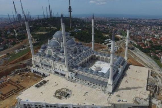 Çamlıca Camii'nin açılışı ertelendi!