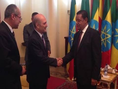Erdoğan Bayraktar, Etiyopya'da TOKİ modelini anlattı!