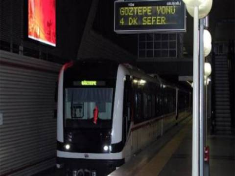 İzmir metrosunda Göztepe istasyonu açıldı!