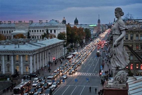 Rusya'da 50 metrekare ev için 5,2 yıl para biriktirmek gerekiyor!