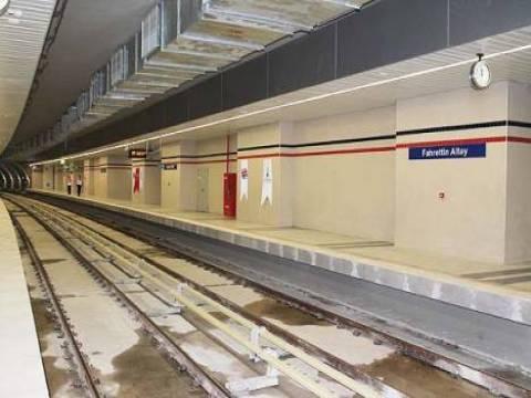 İzmir Üçyol-Üçkuyular Metrosu'nda su birikintileri oluştu!