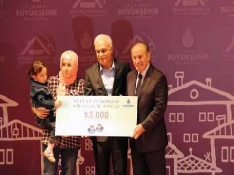 Yılın En İyi Komşusu ödüllerini Kadir Topbaş verdi!