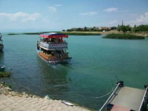 Beyşehir Gölü av sezonu açıldı!