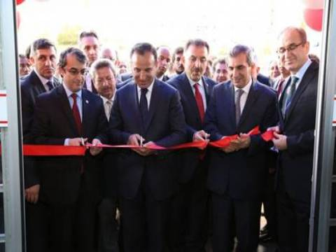 Bozok Üniversitesi Hastanesi Acil Servis ve MR Ünitesi törenle hizmete açıldı!