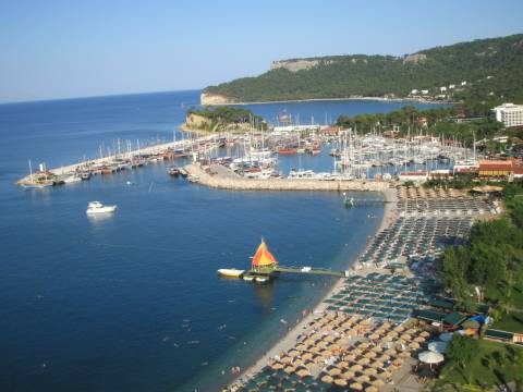 Kemer'de icradan satılık turistik tesis ve arsası! 75.4 milyon TL'ye!