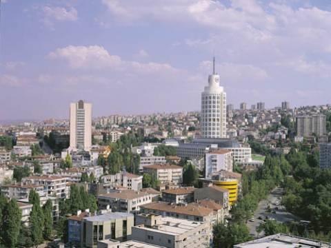 Çankaya'da icradan satılık 4 katlı bina ve arsası! 10 milyon TL'ye!