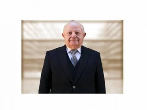 Kayhan Uyaroğlu kimdir?