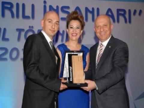 Ofis Tekin'e Yılın Mobilya Firması ödülü verildi!