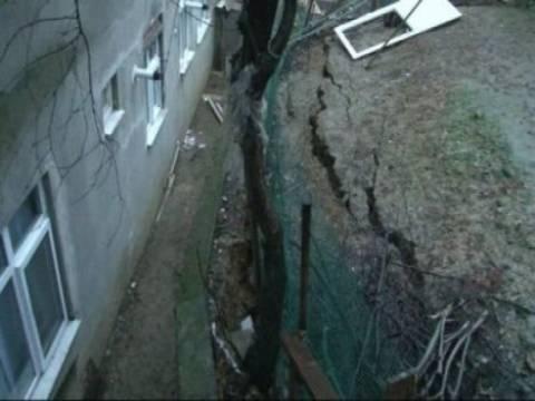 Üsküdar'da tünel inşaatı yakınındaki 3 bina boşaltıldı!