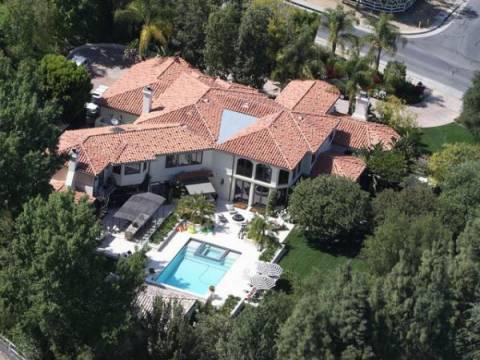 Kris Jenner'ın Los Angeles'taki evi 9 milyon dolara satılıyor!