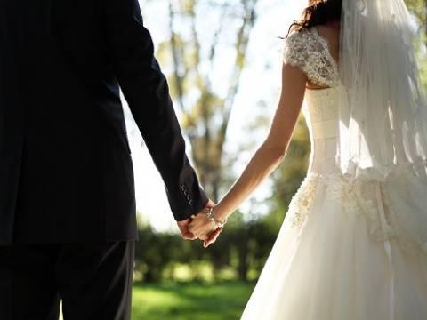 Evlenenlere ve ilk evini alanlara devlet desteği!
