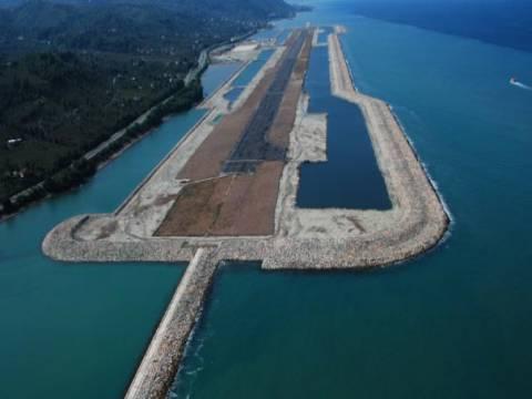 Türkiye'nin ikinci denize dolgu havalimanı Rize'de inşa edilecek!