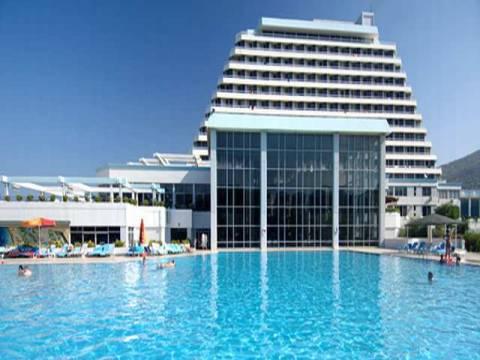 İzmir'de 5 yeni otel 300 milyon TL'lik yatırımla yükseliyor!